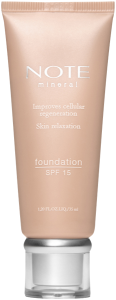 Note Mineral Foundation SPF 15